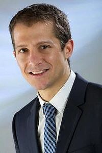 Dr. Dominik Bartuschat